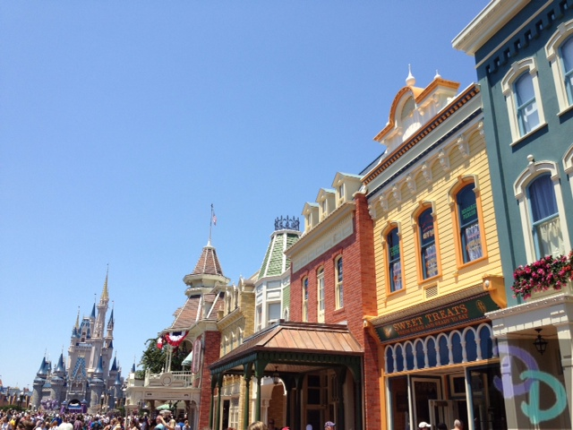 Refurb walls around the Main Street Bakery in Disney Worlds Magic