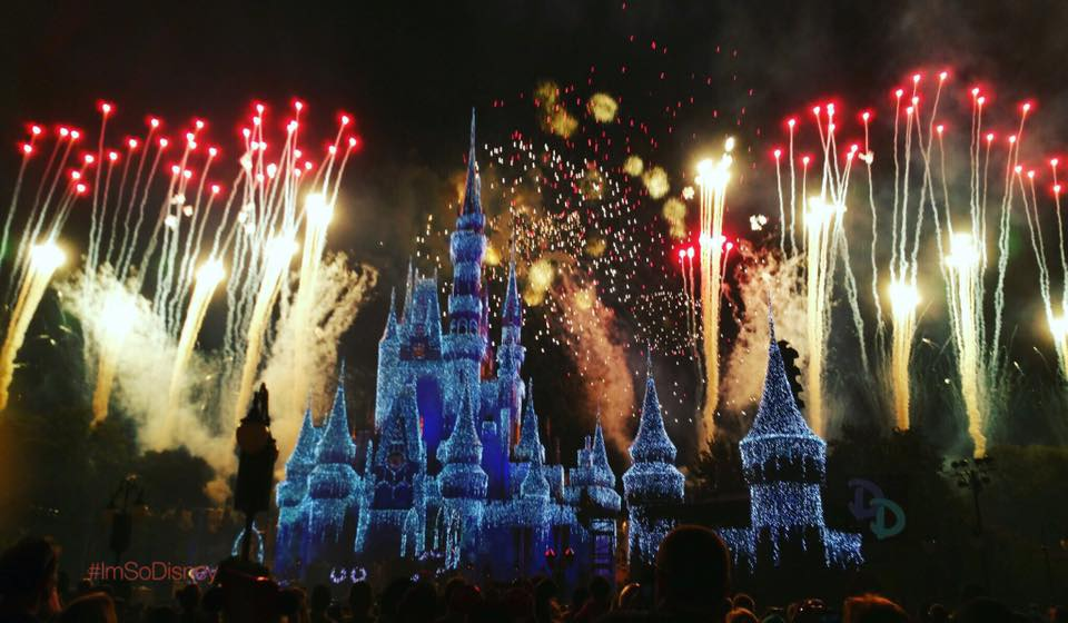 Mickeys Very Merry Christmas Party 2018.Reservations Now Open For The Wishes Fireworks Holiday