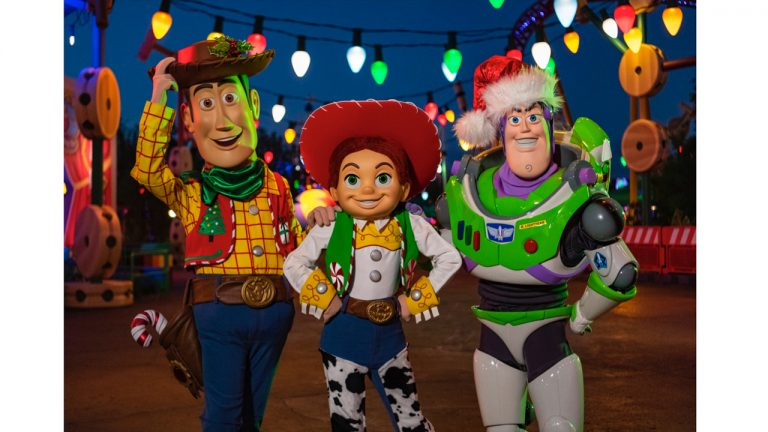 disney world toy story land flurry of fun - Toy Story Christmas Special